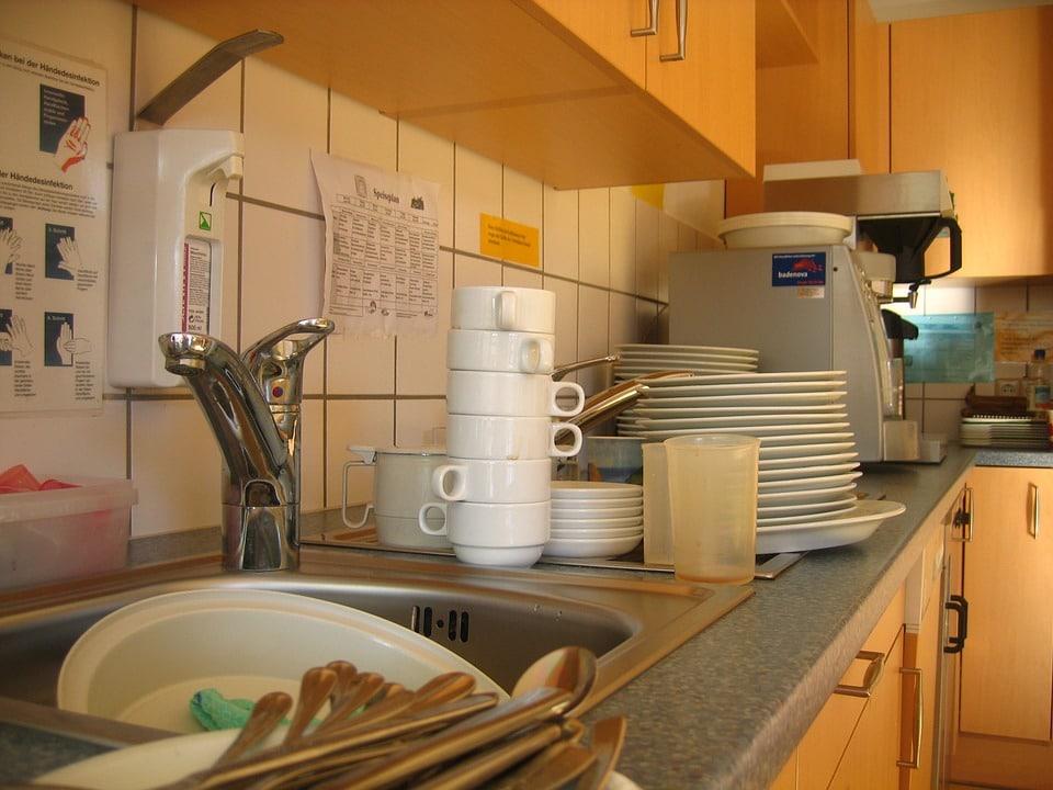 nettoyer un lave vaisselle nos astuces naturelles. Black Bedroom Furniture Sets. Home Design Ideas