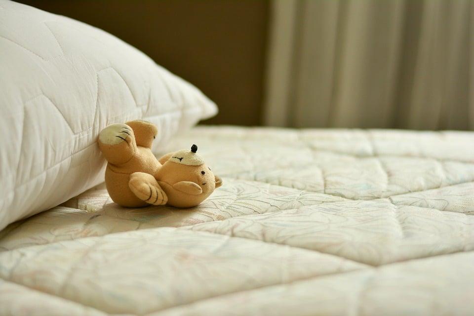 nettoyer matelas nos astuces pour nettoyer votre matelas. Black Bedroom Furniture Sets. Home Design Ideas