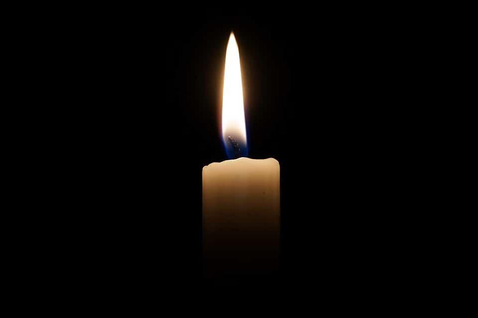 Présenter ses condoléances : les mots justes pour le faire