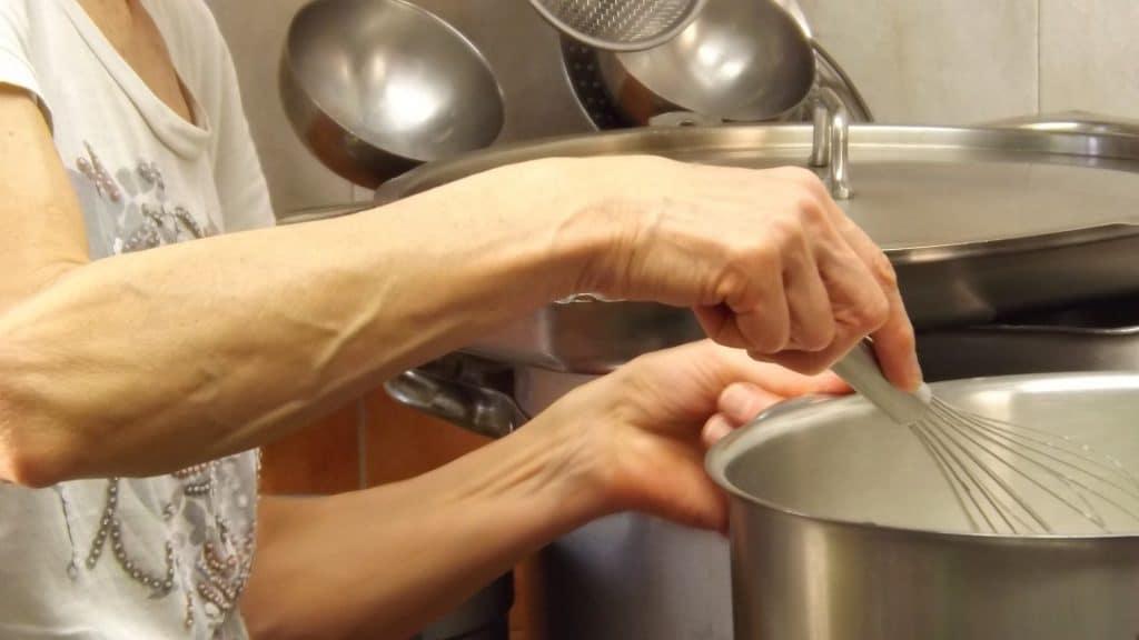 Faire une sauce béchamel: la recette de l'année!