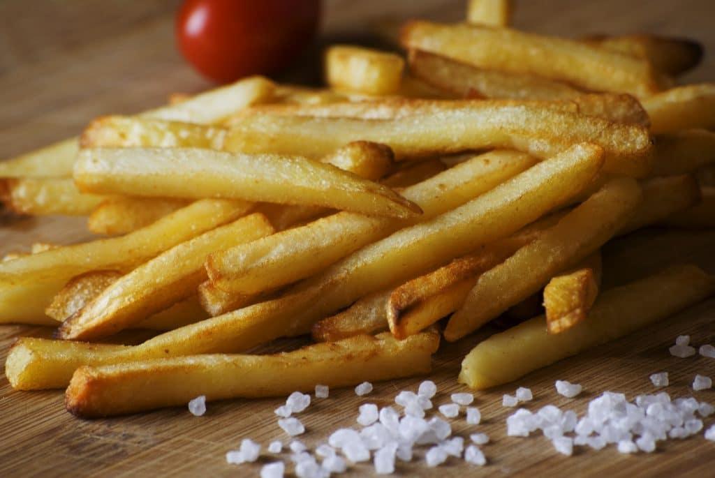 Friteuse sans huile: comment la choisir