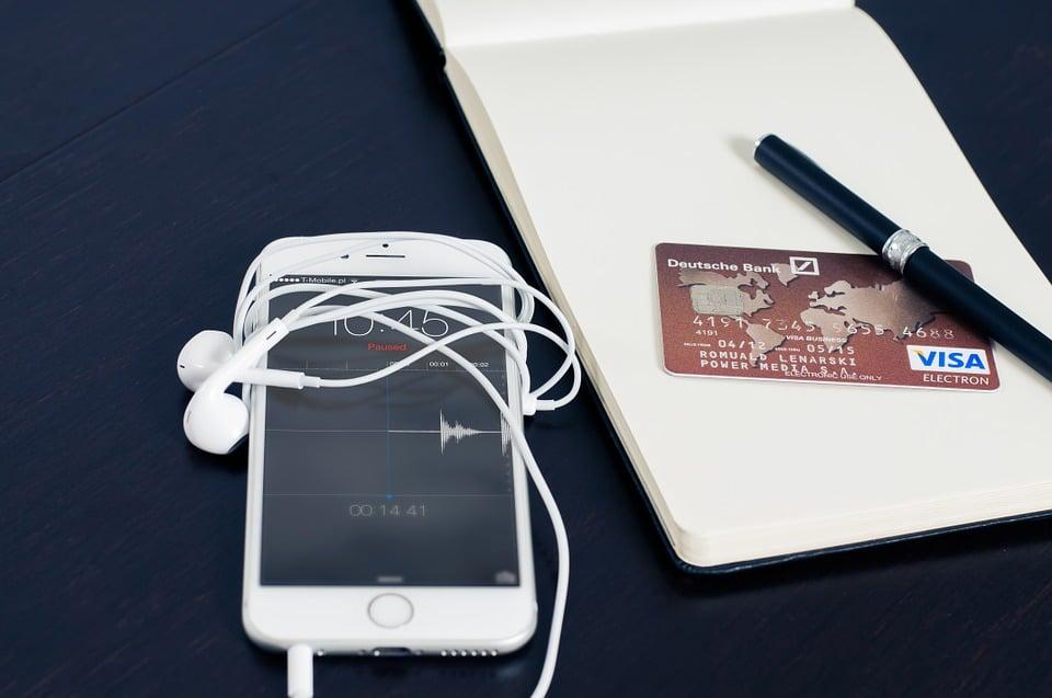 Apple : l'âge d'or de l'iPhone terminé, la marque fera payer ses clients plus cher