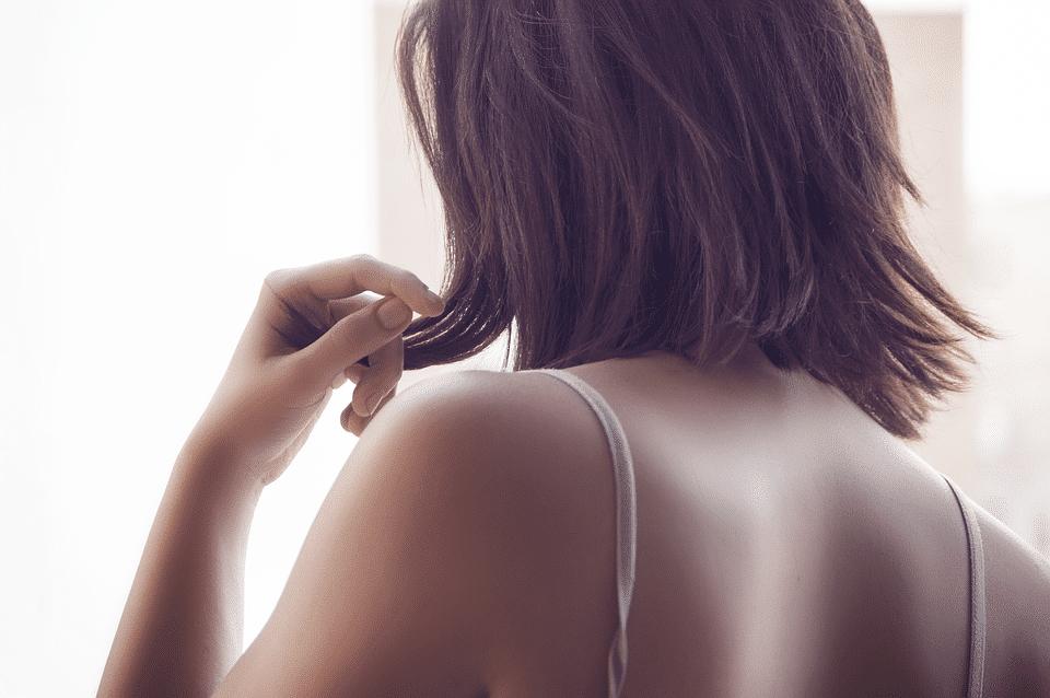 Capsulite épaule : causes et traitements