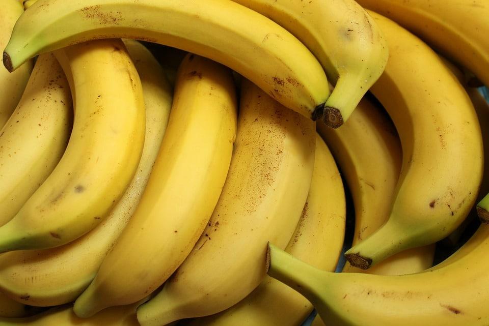 Banane constipation : sont-elles nécessairement liées ?