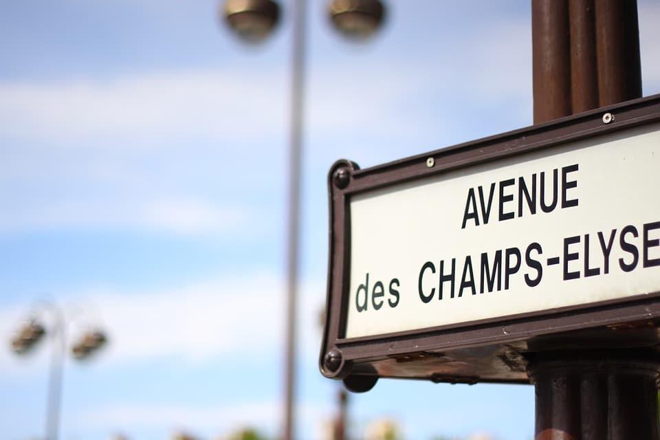 Apple officialise l'ouverture d'un magasin sur les Champs-Élysées