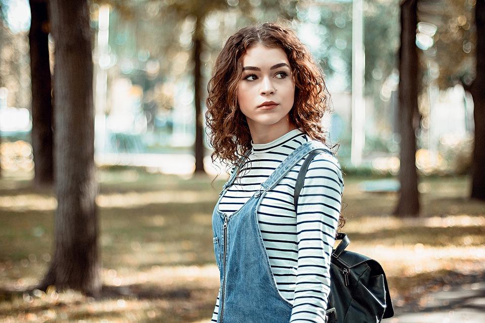 Coloration naturelle cheveux : que savoir ?