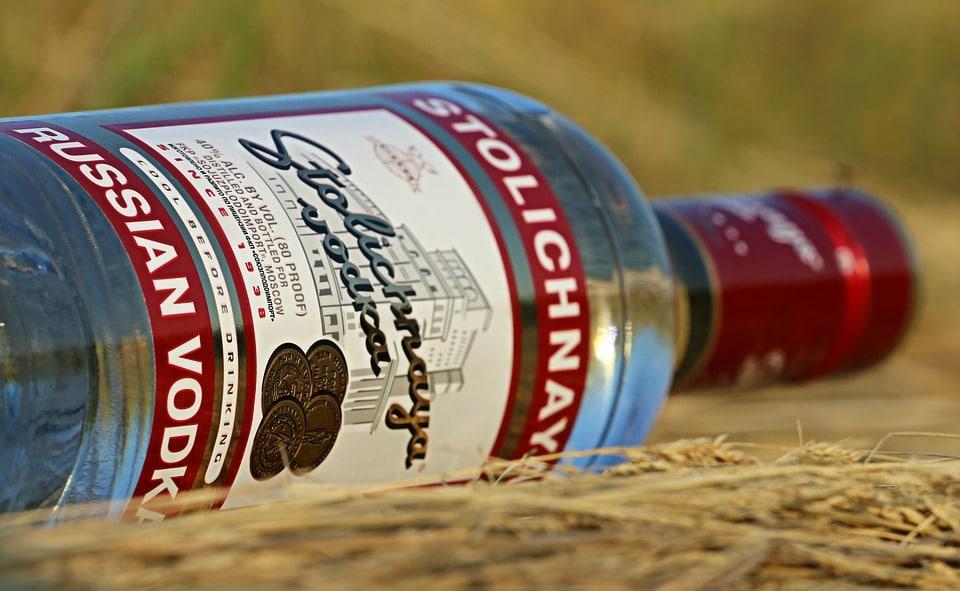 Fabrication vodka : comment obtenir une véritable vodka chez soi ?