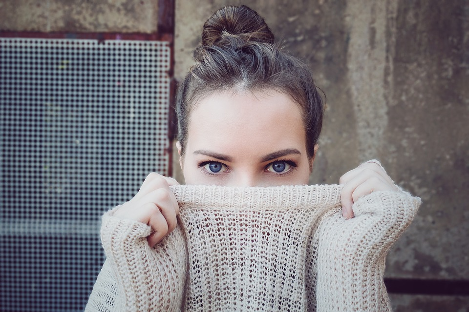 Mouche devant les yeux : le phénomène de la myodésopsie