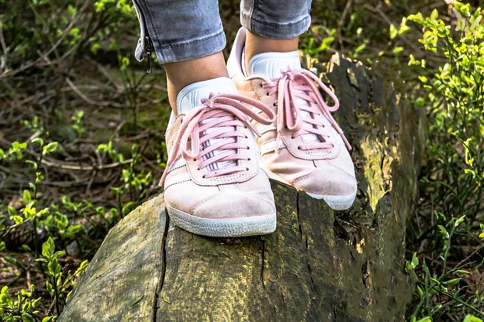 Désodorisant chaussure : comment assainir et désodoriser vos souliers ?