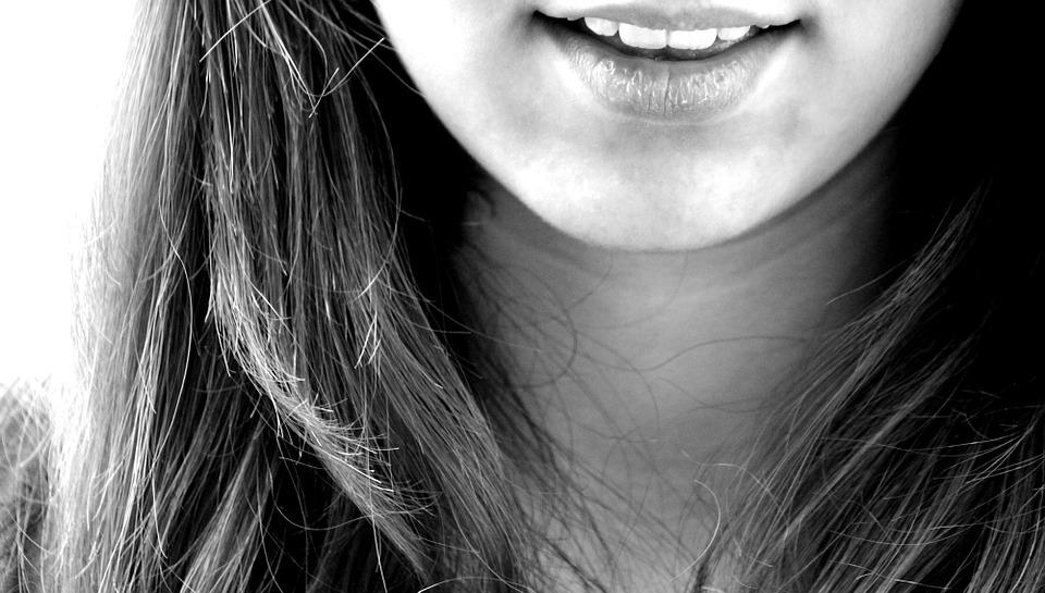 Grincer des dents : quelles sont les causes ?