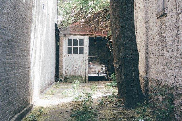 Envisagez un devis pour votre porte de garage