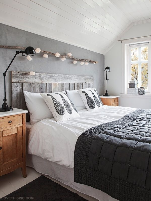 Grand lit en palette