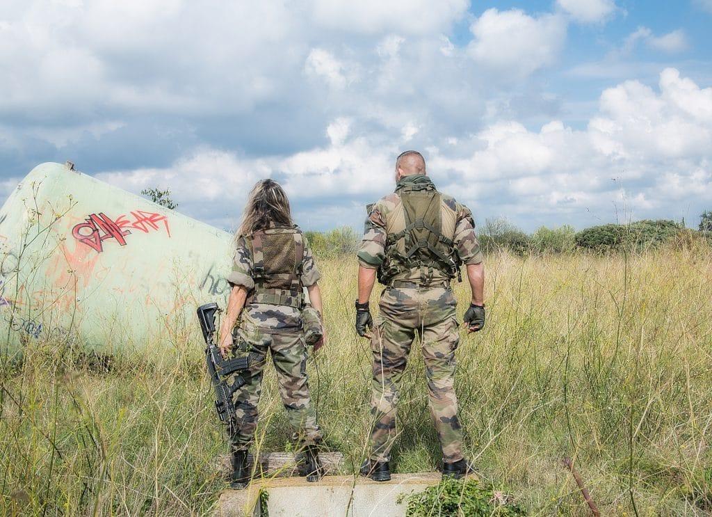 Pantalon militairefemme: tout savoir