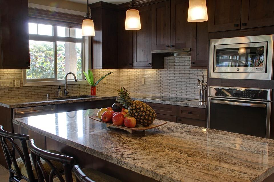 Îlot central cuisine : quels matériaux choisir ?