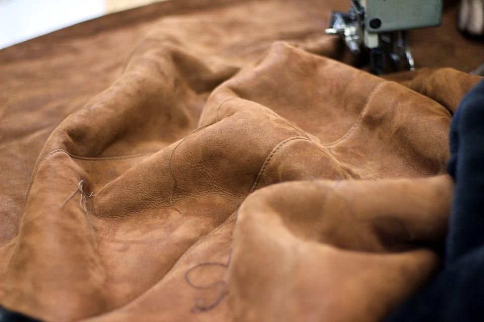 Nubuck : l'essentiel à savoir sur ce cuir à la mode