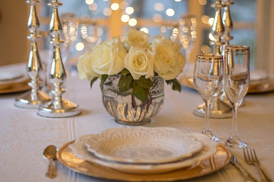 Dresser une table : quelques astuces