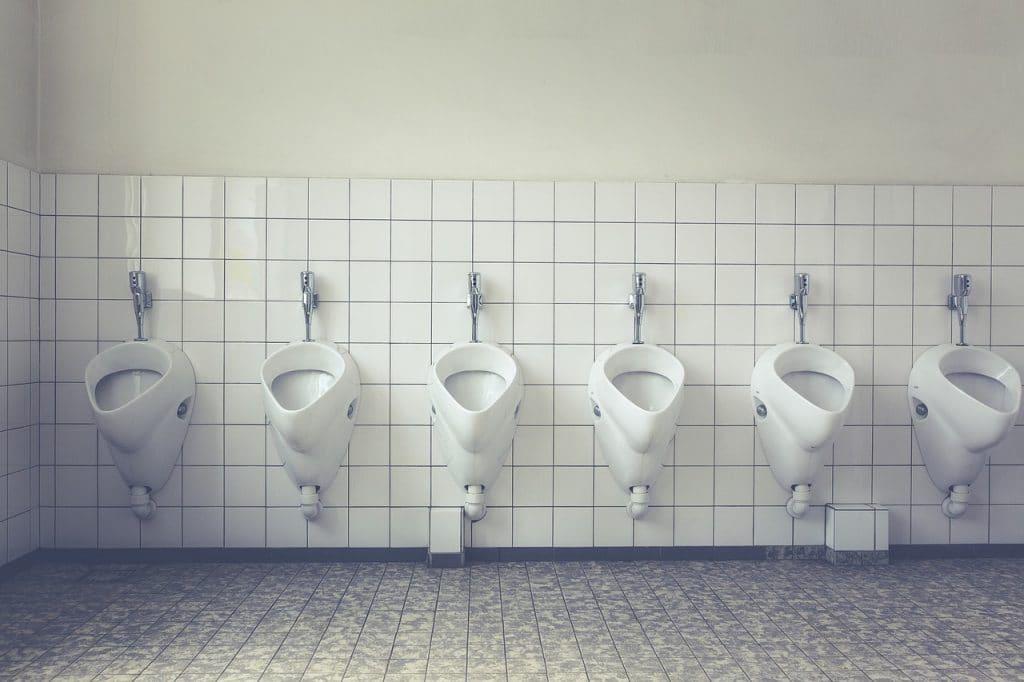 Urine transparente