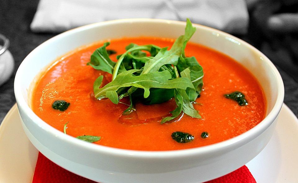 Gaspacho tomate : Comment en préparer? Quels sont ses bienfaits?