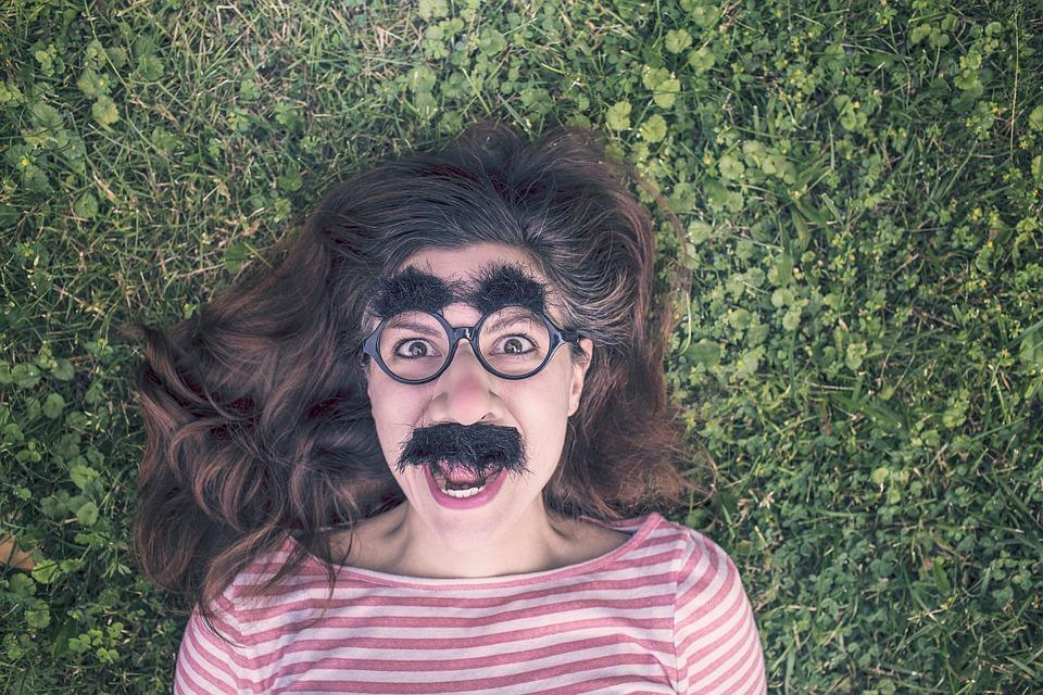 Épilation moustache femme : les meilleures techniques