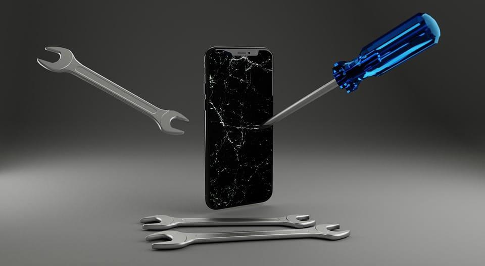 Apple : que se passe-t-il exactement pour la réparation des appareils?