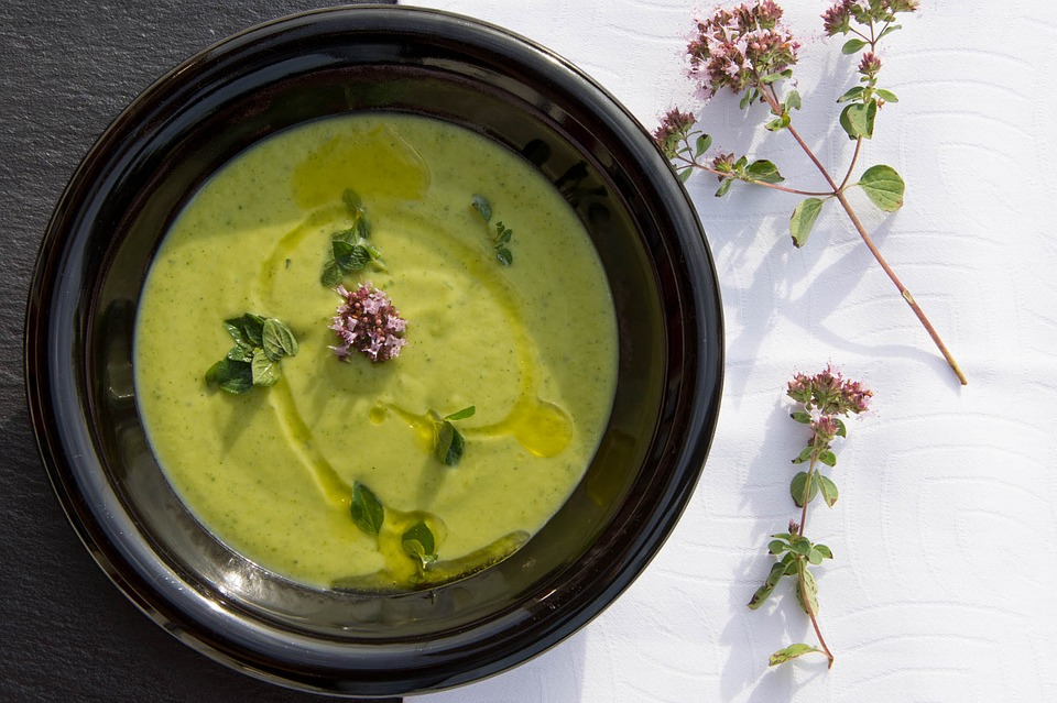 Recette soupe courgette : comment procéder ?