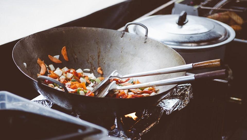 Recette de wok: tout savoir pour se régaler