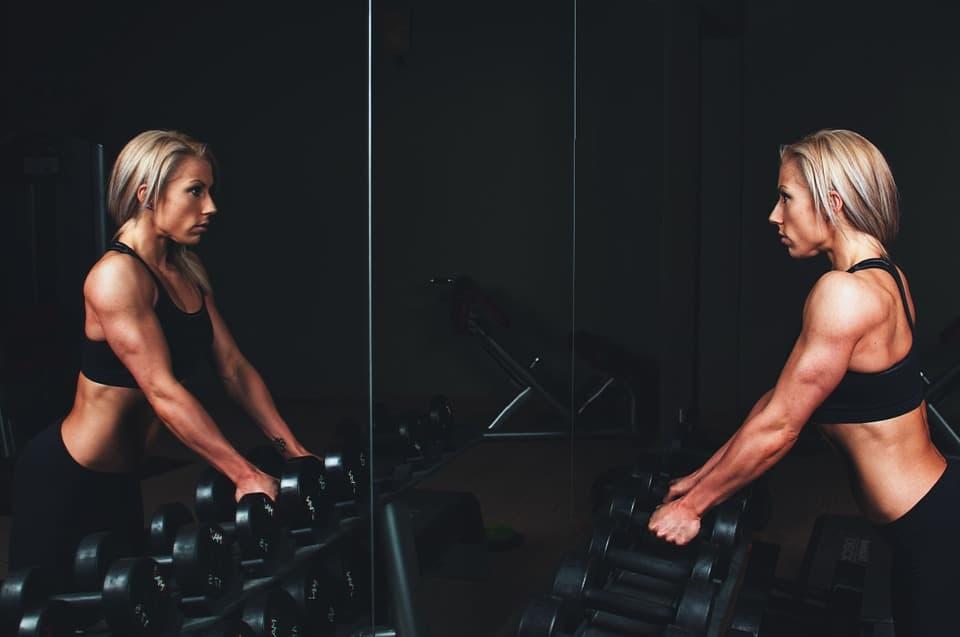 Femme bodybuilding : découvrez la pratique féminine de ce sport
