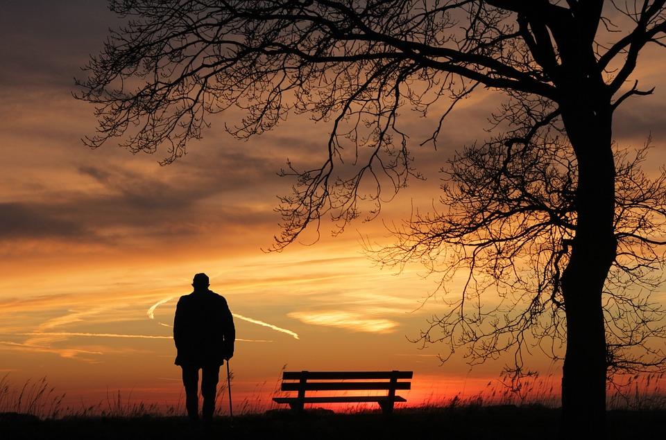 Traitement prostate: faire le choix des médicaments ou de la chirurgie