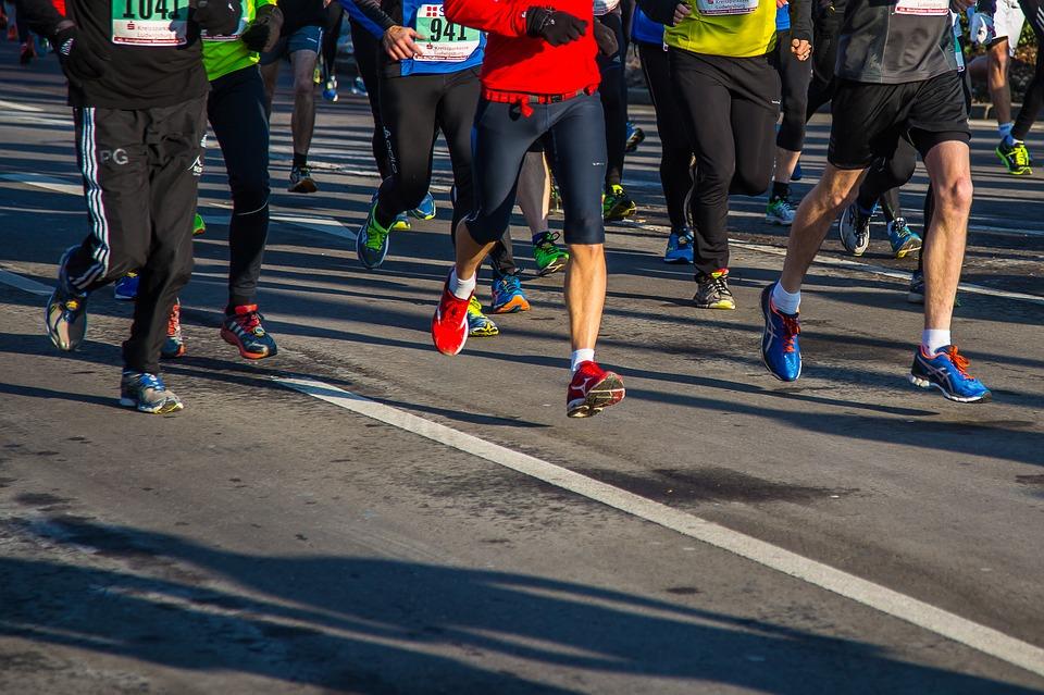 Que manger avant le sport : les bonnes habitudes à adopter