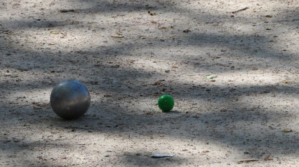Master de pétanque : boule de pétanque et cochonnet